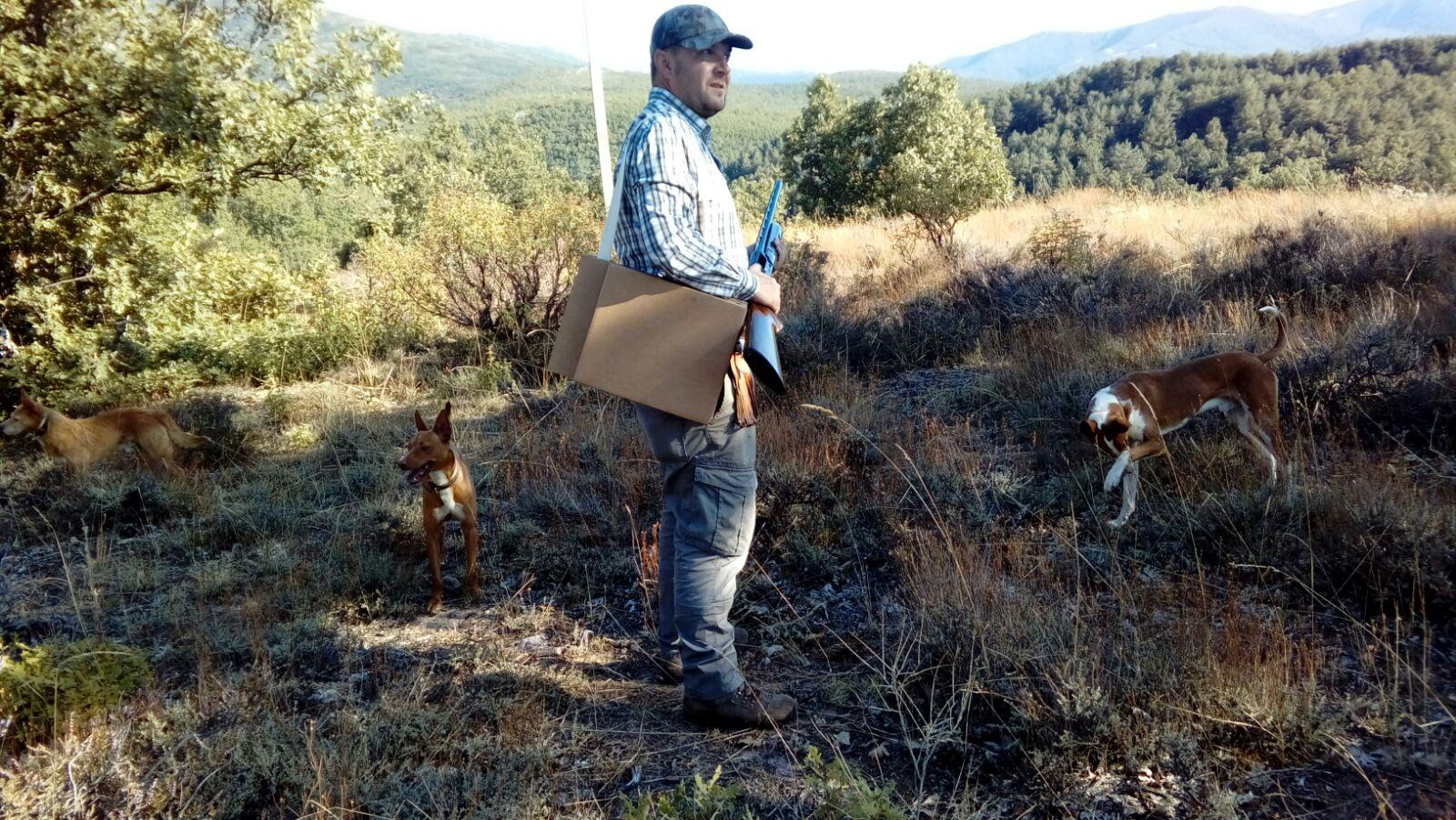 amantes de la caza a la hora de organizar vuestras agendas, no olvidéis llevar La CarpetaSilla